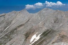 Vista panorâmica ao pico e ao Koncheto de Kutelo Fotos de Stock Royalty Free