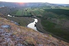 Vista panorâmica ao vale de Orheiul Vechi no por do sol Imagem de Stock