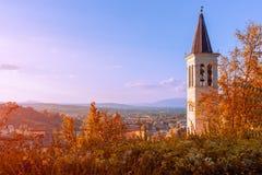 Vista panorâmica bonita da cidade de Spoleto em Úmbria e no t fotografia de stock royalty free