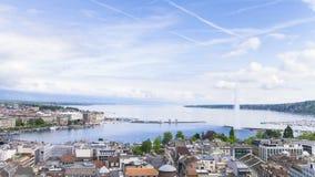 Vista panorâmica da cidade de Genebra, de Leman Lake e da água