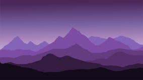 Vista panorâmica da paisagem da montanha com névoa no vale Foto de Stock