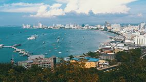 Vista panorâmica da praia da cidade de Pattaya e do golfo de Sião em Tailândia Tailândia, Pattaya, Ásia vídeos de arquivo