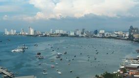 Vista panorâmica da praia da cidade de Pattaya no ponto de vista de Pratumnak Timelapse Tailândia, Pattaya, Ásia filme