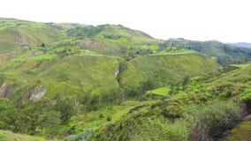 Vista panorâmica da rota Alausi Equador do trem do nariz do diabo video estoque