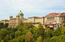 Vista panorâmica de Bundeshaus em Berna Foto de Stock
