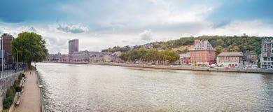 Vista panorâmica de cais dos rios de Meuse fotografia de stock