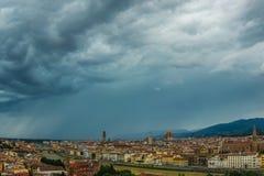 Vista panorâmica de Florence Italy antes da tempestade Imagens de Stock