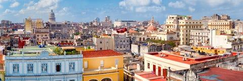 Vista panorâmica de Havana velho que inclui a construção do Capitólio Foto de Stock Royalty Free