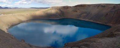 Vista panorâmica de Islândia da cratera Viti imagens de stock royalty free