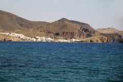 Vista panorâmica de Isleta del Moro em Cabo de Gata imagens de stock royalty free