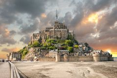 Vista panorâmica de Le famoso Mont Saint Michel fotografia de stock royalty free