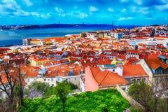 Vista panorâmica de Lisboa, Portugal com rio Tagus Imagens de Stock Royalty Free