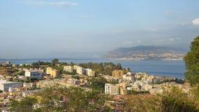 Vista panorâmica de Messina em Sicília foto de stock royalty free