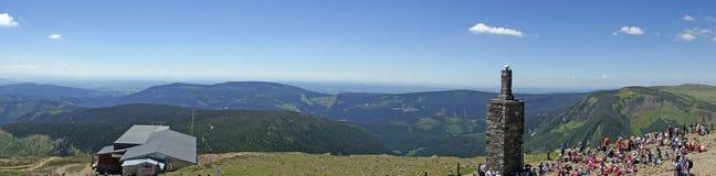 Vista panorâmica de Sniezka da montanha, Karkonosze Fotografia de Stock Royalty Free