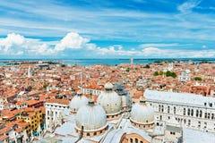 Vista panorâmica de Veneza da torre de sino de San Marco, Itália Foto de Stock Royalty Free