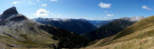 Vista panorâmica do cenário bonito da montanha da dolomite em Tirol sul Fotos de Stock