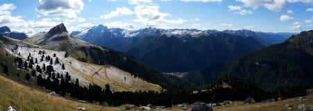 Vista panorâmica do cenário bonito da montanha da dolomite em Tirol sul Foto de Stock Royalty Free