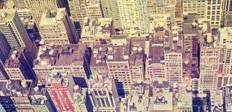Vista panorâmica do estilo do vintage de telhados de Manhattan Foto de Stock