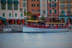 Vista panor?mica do hotel da ba?a de Portofino, todo o encanto de It?lia na ?rea 7 de Universal Studios fotografia de stock