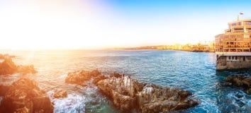 Vista panorâmica do litoral em Vina del Mar, o Chile fotos de stock