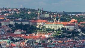 Vista panorâmica do timelapse de Praga da parte superior do memorial de Vitkov, República Checa filme