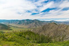 Vista panorâmica do vale e das montanhas da república de Altai, Rússia fotos de stock
