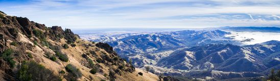 Vista panorâmica dos montes e dos vales que cercam Mt Diablo Foto de Stock