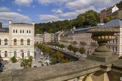 A vista panorâmica em Karlovy varia, lugar famoso dos TERMAS de Checo Imagens de Stock Royalty Free