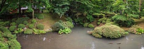 Vista panorâmica no jardim landascaped, nikko, prefeitura de Tochigi, Japão imagem de stock royalty free