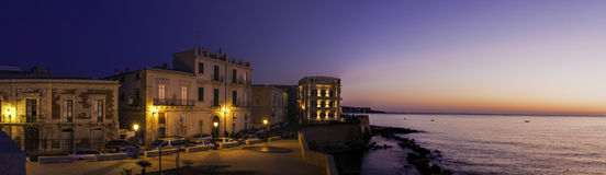 Vista panorâmica no recurso italiano fotografia de stock royalty free
