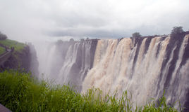 Vista panorâmico com Victoria Falls (África do Sul) fotos de stock