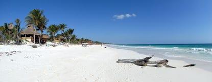 Vista panorâmico da praia Fotos de Stock Royalty Free