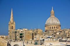 Vista panorâmico a Valletta e a catedral do St. Pauls Imagens de Stock