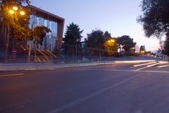 Vista panor?mica de Baku Rotas em Baku jun??o de estrada do Multi-n?vel com tr?fego de carro pesado Localizado na avenida de Neft imagens de stock