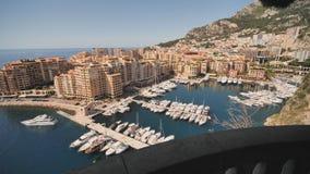 Vista panor?mica del puerto de Monte Carlo en M?naco V?deo en el movimiento metrajes