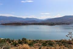 Vista panor?mica do lago artificial do EL Oiudane do escaninho fotografia de stock royalty free