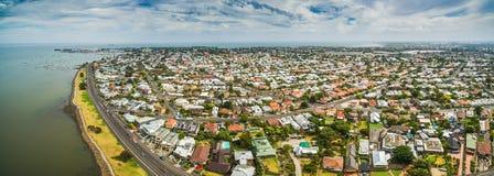 Vista panoramica aerea del sobborgo costiero di Williamstown a Melbourne, Australia Immagini Stock Libere da Diritti