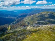 Vista panoramica aerea delle alpi australiane, Victoria, Australia Immagini Stock