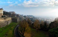 Vista panoramica aerea sulla città di Bergamo in Italia del Nord Fotografia Stock Libera da Diritti