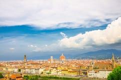 Vista panoramica aerea superiore della citt? di Firenze con la cattedrale di Santa Maria del Fiore dei Di di Cattedrale del duomo fotografie stock libere da diritti