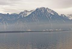 Vista panoramica al lago Lemano da Montreux in Svizzera Fotografie Stock