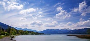 Vista panoramica al tegernsee del lago, stazione turistica bavarese con la t Fotografie Stock