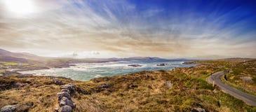 Vista panoramica alla baia in Allihies del nord fotografia stock