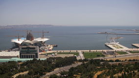 Vista panoramica da sopra alla città di Bacu, Azerbaigian stock footage