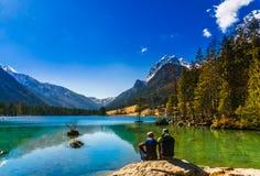Vista panoramica dal lago Hintersee nelle alpi bavaresi Immagine Stock Libera da Diritti