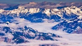 Vista panoramica dalla cima del ghiacciaio di Kaprun alle alpi austriache Immagini Stock