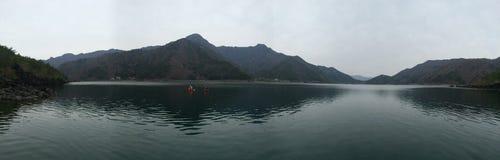 Vista panoramica dei laghi nel Giappone immagine stock