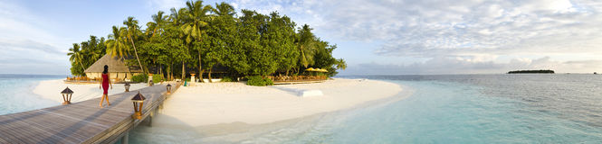 Vista panoramica dei Maldives dell'isola di Ihuru alla mattina Immagini Stock Libere da Diritti