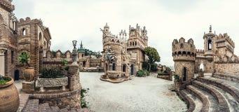 Vista panoramica del castello di Colomares immagini stock