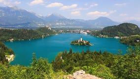 Vista panoramica del lago Bled, Slovenia stock footage